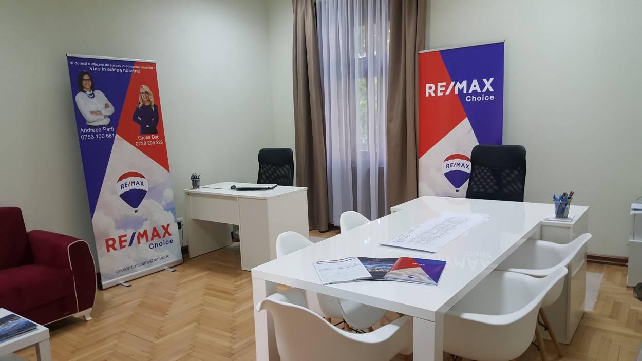 Logo - RE/MAX Choice