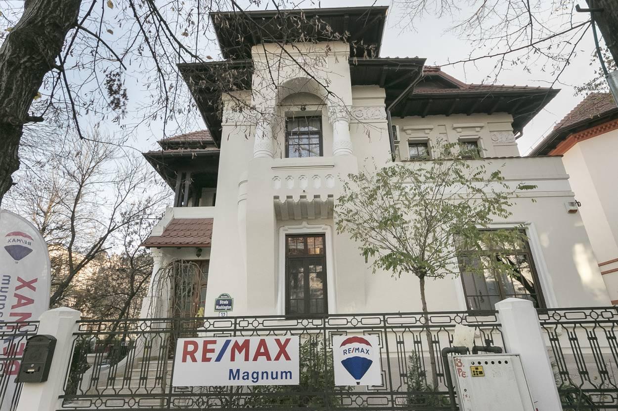 Logo - RE/MAX Magnum