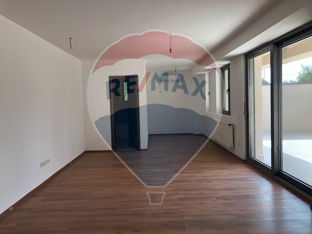Apartament 1 Camera Vanzare Bucuresti Pipera Rmx40650 Re Max Romania